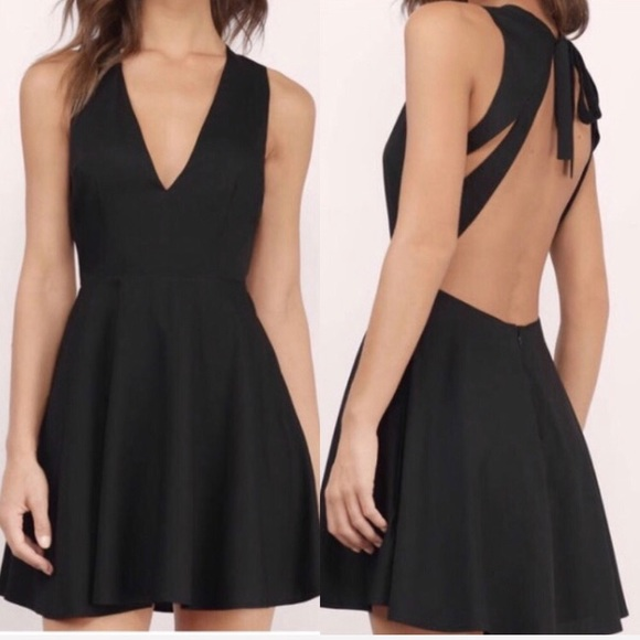 13effe388b Open-back Skater Dress. M 5a7480df3afbbd1263c31ff7